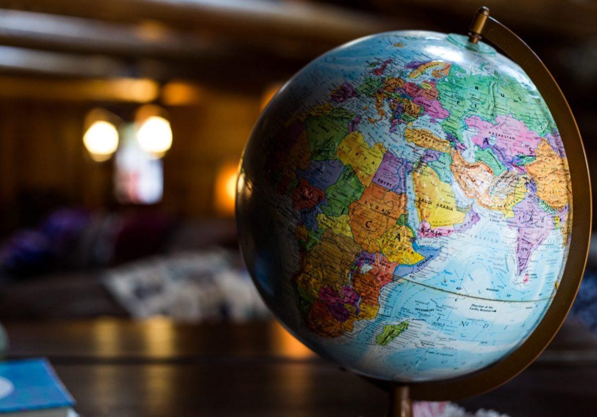 model globe